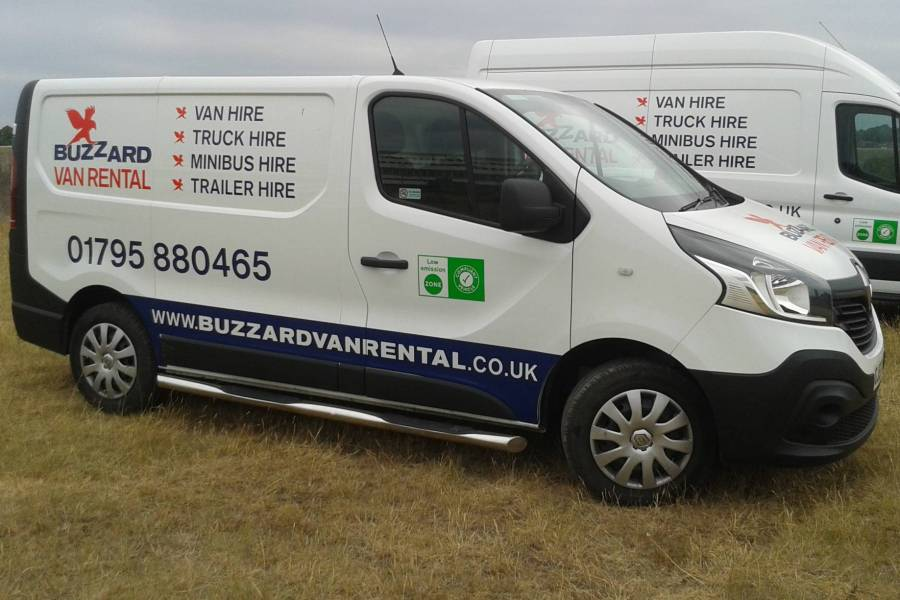 RENAULT TRAFIC SL27 BUSINESS DCI S/R P/V Car Hire Deals